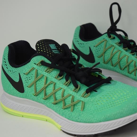 2cccfe36eeab Nike womens Air Zoom Pegasus 32 sz 8.5 749344-303